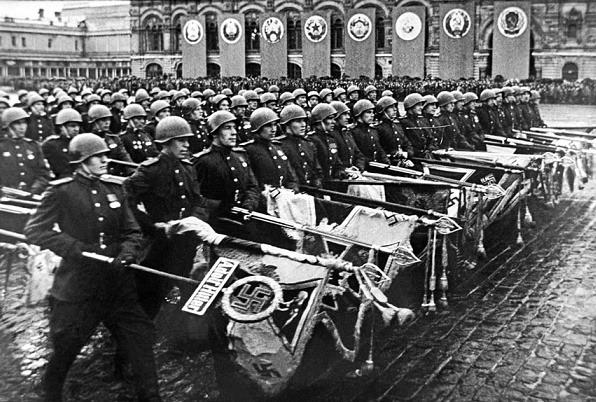 Парад Победы на Красной площади в Москве, 1945 год